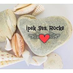 İpek.Sea.Rocks